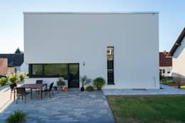 modern Houses by herbertarchitekten Partnerschaft mbB