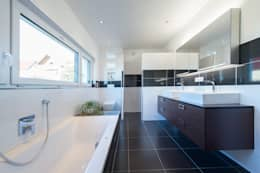 modern Bathroom by herbertarchitekten Partnerschaft mbB