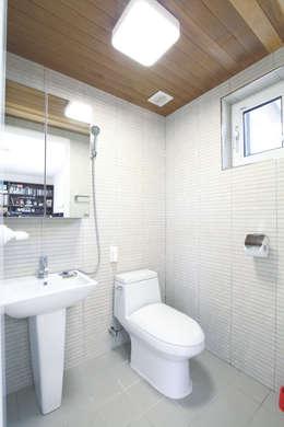 Ванные комнаты в . Автор – 춘건축