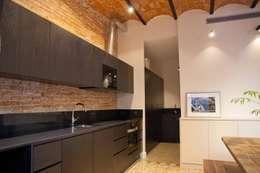 moderne Keuken door Brick construcció i disseny