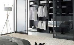 Dressings: Dressing de style de style Moderne par Deco Bois