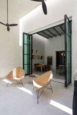 窗 by Taller Estilo Arquitectura