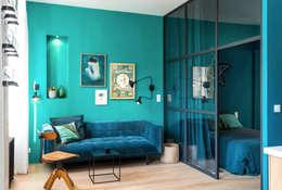 Blue Velvet: Salon de style de style eclectique par Insides