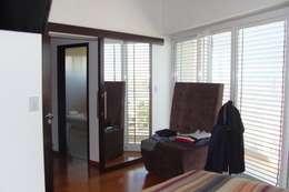 Casa A: Dormitorios de estilo moderno por Prece Arquitectura