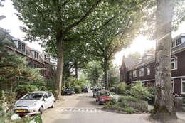 Jaren 30-wijk waarin de woning zich bevindt: klasieke Huizen door Bob Romijnders Architectuur & Interieur