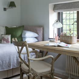 Dormitorios de estilo rústico por Roselind Wilson Design