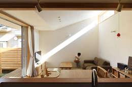 客廳 by 加藤淳一級建築士事務所