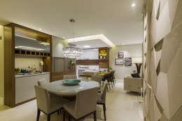 Comedores de estilo moderno por Juliana Agner Arquitetura e Interiores