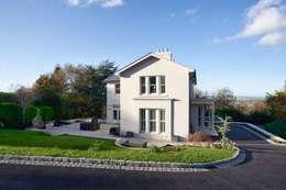 klassische Häuser von Des Ewing Residential Architects