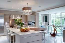 klassische Küche von Des Ewing Residential Architects