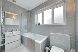 minimalistic Bathroom by POWER 2 BUILD LTD