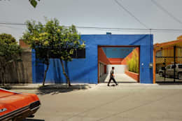 Casas de estilo moderno por pmasceroarquitectura