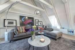 غرفة المعيشة تنفيذ Rodrigo Maia Arquitetura + Design