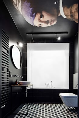 Daniel Apartment : minimalistic Bathroom by BLACKHAUS