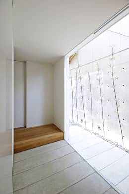 Koridor dan lorong by 空間建築-傳 一級建築士事務所