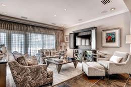 Salas de estilo clásico por Studio Design LLC