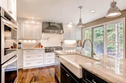 classic Kitchen by Studio Design LLC