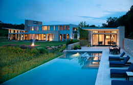 modern Pool by Cunningham | Quill Architects