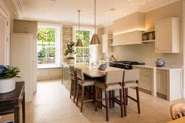 مطبخ تنفيذ Des Ewing Residential Architects