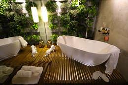 Mostra Alpha Decor 2016: Banheiros modernos por RMS arquitetura e interiores