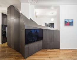 modern Living room by STUDIO RAZAVI ARCHITECTURE