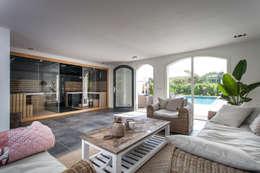 Projekty, nowoczesne Spa zaprojektowane przez Bob Romijnders Architectuur & Interieur