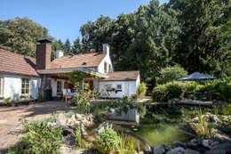 Uitbouw overdekt terras: landelijke Huizen door Bob Romijnders Architectuur & Interieur