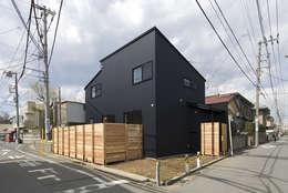 asian Houses by 森村厚建築設計事務所