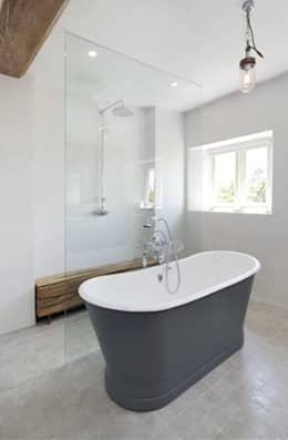 country Bathroom by My-Studio Ltd