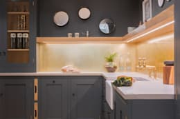 industrial Kitchen by It Woodwork