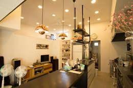 눌치재: 아키제주 건축사사무소의  다이닝 룸