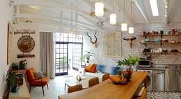 رہنے کا کمرہ  by Studio Do Cabo