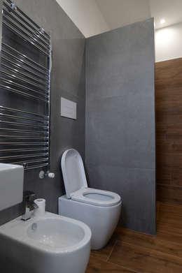 yesHome: klasik tarz tarz Banyo