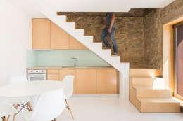 scandinavian Kitchen by PAULO MARTINS ARQ&DESIGN