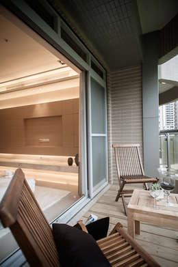 BRAVO INTERIOR DESIGN & DECO    KUAN STYLE:  露臺 by 璞碩室內裝修設計工程有限公司