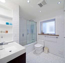 Bathroom: modern Bathroom by STUDIO Z