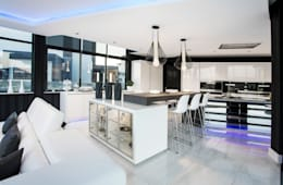 ULTRA MODERN RESIDENCE: modern Kitchen by FRANCOIS MARAIS ARCHITECTS