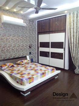 Master Bedroom: modern Bedroom by Design Consultant