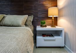 classic Bedroom by Cris Nunes Arquiteta