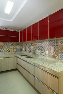 classic Kitchen by Cris Nunes Arquiteta