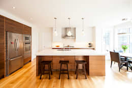 modern Kitchen by Solares Architecture