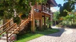 VISTA GENERAL BUNGALOW: Casas de estilo rústico por Cervantesbueno arquitectos