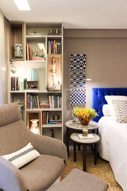 Habitaciones de estilo moderno por Nogueira Arquitetura e Interiores