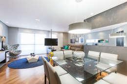 Salas multimedia de estilo moderno por Rosana Pintor Arquitetura e Interiores