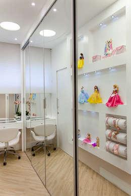 غرفة الملابس تنفيذ Arquiteto Aquiles Nícolas Kílaris