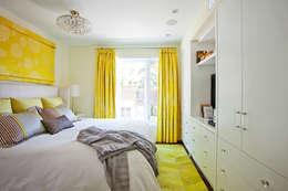 Beach Master Bedroom: modern Bedroom by Collage Designs