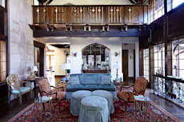 English Abbey: country Living room by Jeffrey Dungan Architects