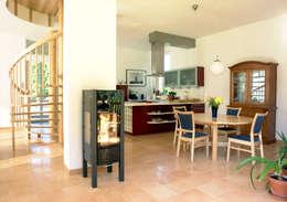Müllers Büro: klasik tarz tarz Mutfak