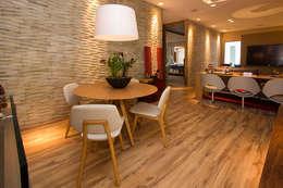 Salas / recibidores de estilo moderno por VIER ABINET S.A. Pisos & Decks