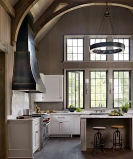 Cottage on the River: rustic Kitchen by Jeffrey Dungan Architects